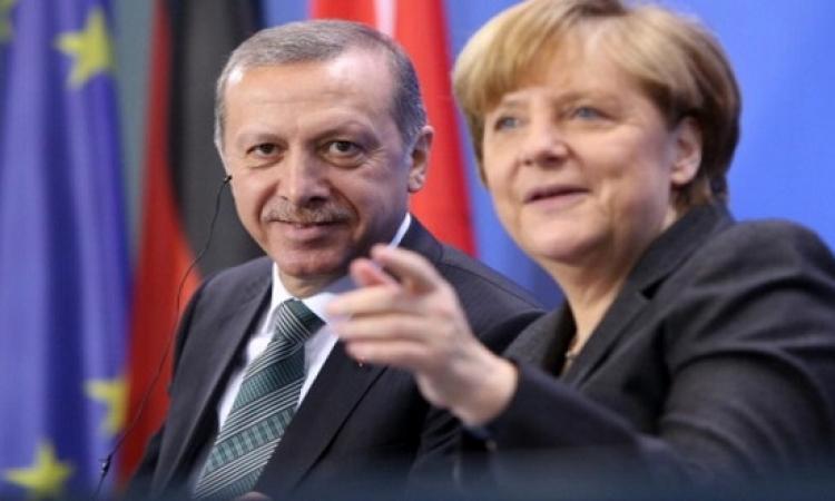 ميركل تعبر عن قلقها البالغ من أوضاع تركيا تحت رئاسة اردوغان