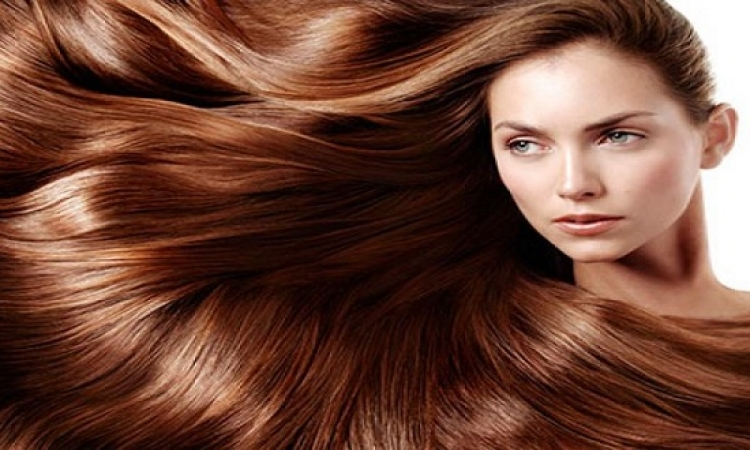 كيف يمكنك استعمال مواد تجميل الشعر؟!