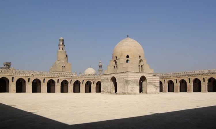 مسجد أحمد بن طولون .. ثالث جوامع مصر وصاحب أقدم مئذنة
