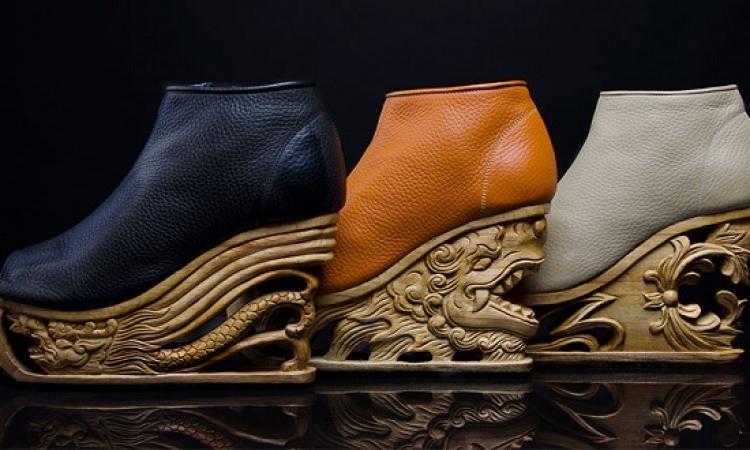 بالصور .. أحذية مذهلة بقواعد خشبية .. تقدرى تلبسيها ؟!