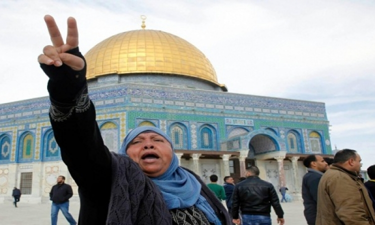 وقفة تضامنية مع أردوغان بساحات المسجد الأقصى