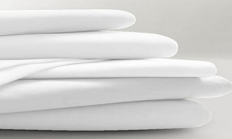 3 وصفات طبيعية لتنظيف الملابس البيضاء .. تعرفى عليها