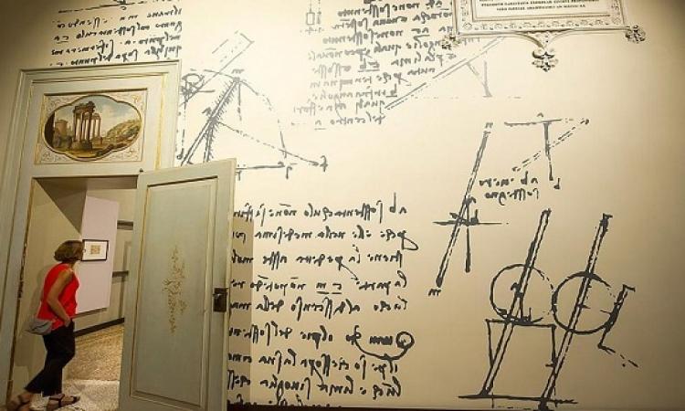 اكتشاف علاقة خربشات دافينشى بقوانين الاحتكاك الفيزيائية