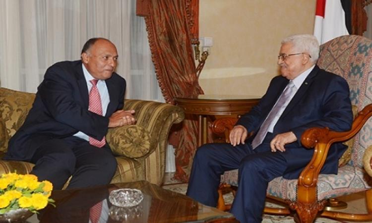 شكرى يطلع أبو مازن على مباحثاته مع نتانياهو
