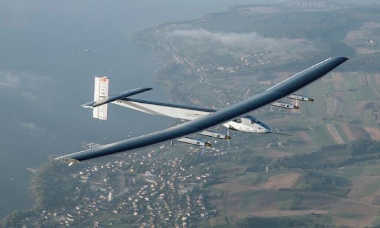 الطائرة الشمسية سولار إمبلس فى طريقها إلى القاهرة
