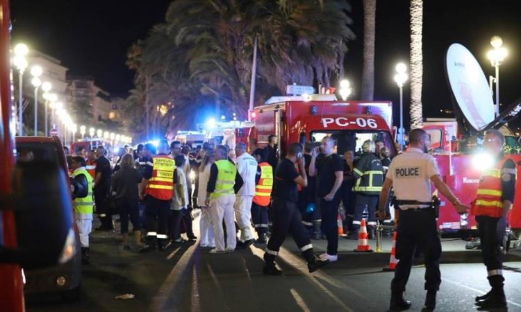 84 قتيلا وعشرات الجرحى في حادث ارهابي  بنيس الفرنسية