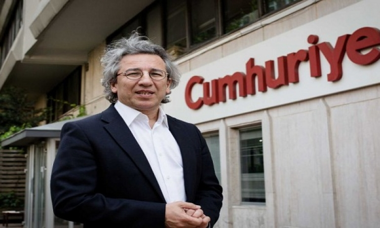 استقالة رئيس تحرير صحيفة تركية معارضة لعدم ثقته بالقضاء