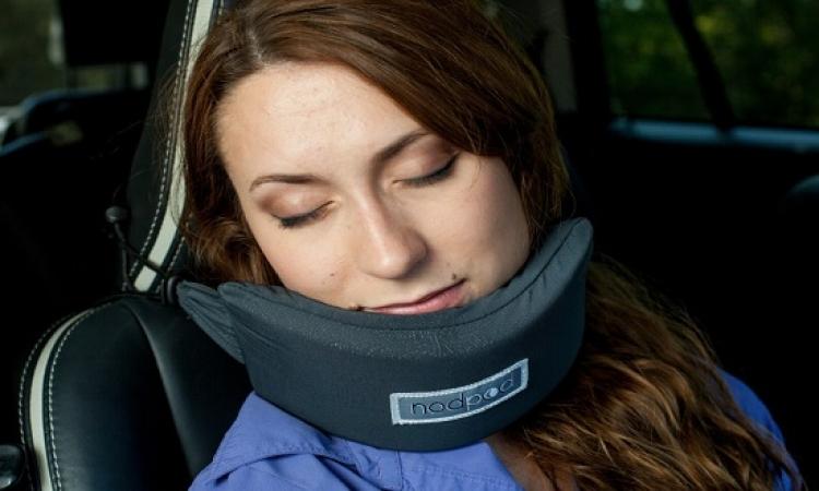بالفيديو .. أداة جديدة تمنحك نوماً عميقاً خلال السفر