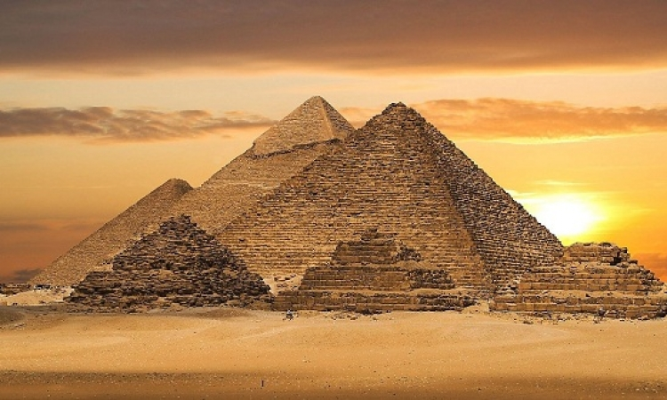 أقمار ناسا تعثر على 17 هرماً تحت الأرض فى مصر