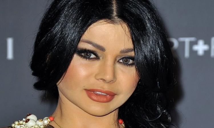 بالصور .. هيفاء وهبى تحتفل باختيارها ضمن قائمة أجمل نساء العالم