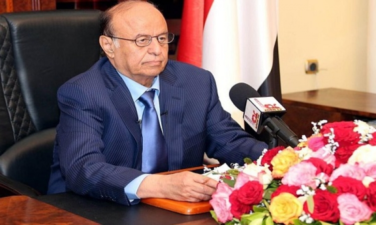 هادى : ما فعله الحوثيون فى تعز جريمة بشعة