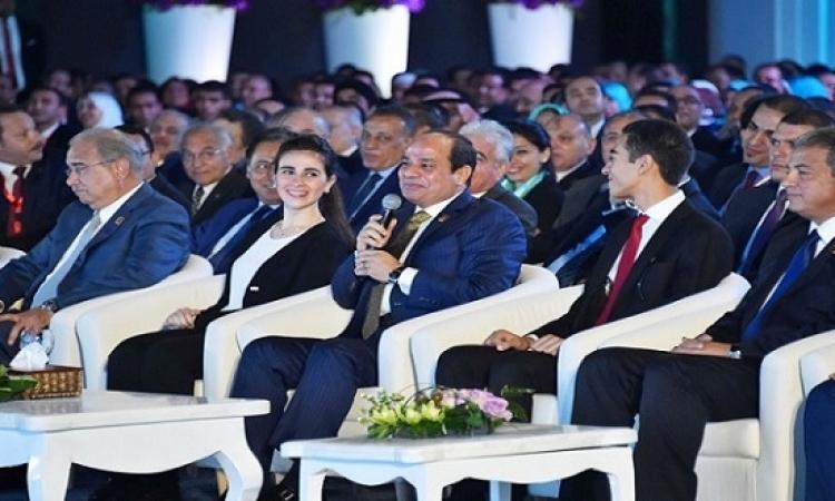 السيسى يتعهد بتشكيل لجنة شبابية للإفراج عن الشباب المحبوسين