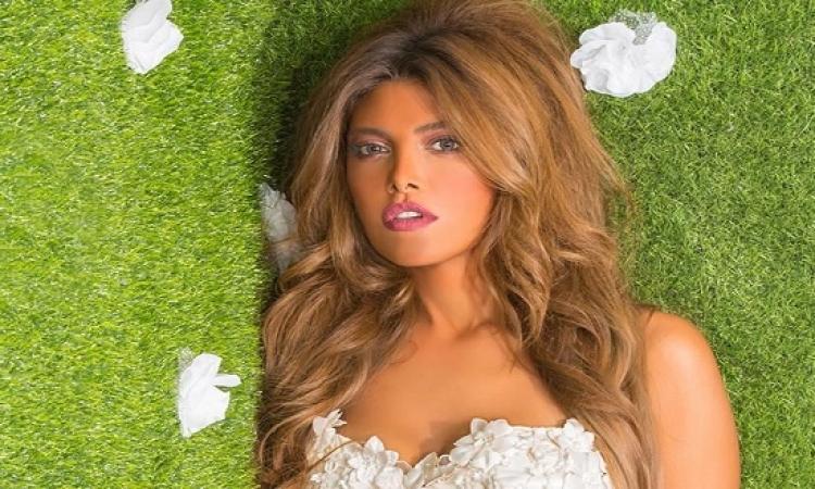 بالصور .. بعد دينا الشربينى .. ريهام حجاج تكشف عن بطنها بإطلالة مثيرة !!