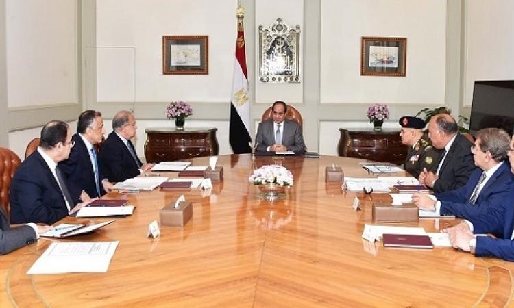 الرئيس السيسى يعقد اجتماعاً لمتابعة السياسات المالية ويوجه بتكثيف الرقابة على الأسواق