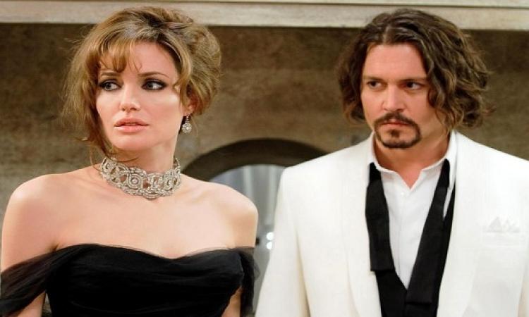 هل هناك علاقة غرامية تربط أنجلينا جولى بجونى ديب ؟