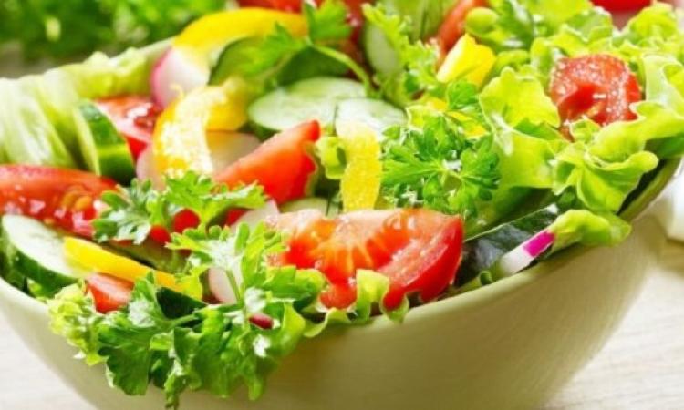 الزيت يضاعف الفائدة الصحية لطبق سلطة الخضروات.. متنسيهوش