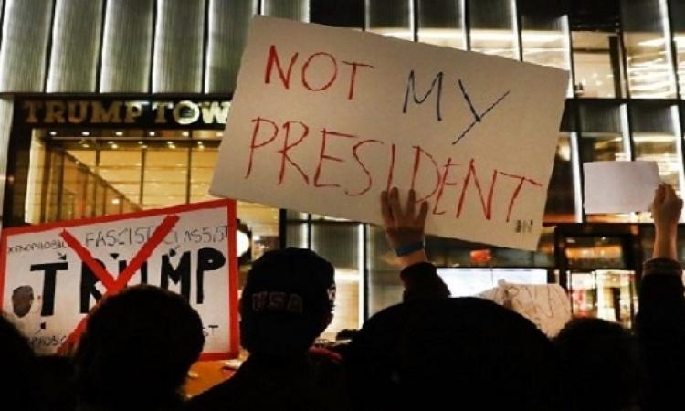 تواصل الاحتجاجات ضد ترامب لليوم الثالث .. ومقتل أول متظاهر فى بورتلاند