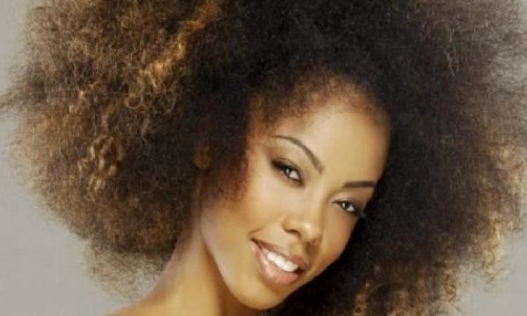 بالفيديو.. علاج الشعر الخشن دون كريمات فرد
