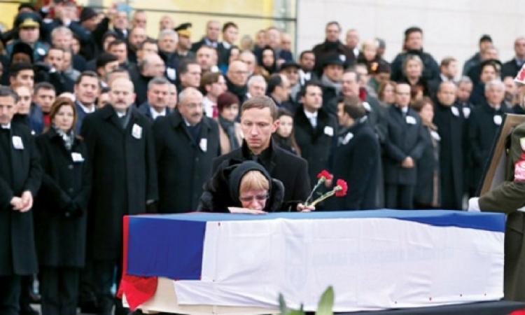 اليوم .. مراسم تشييع جنازة بطل روسيا