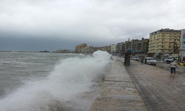 غلق الحركة الملاحية بموانئ فى الإسكندرية لسوء الأحوال الجوية
