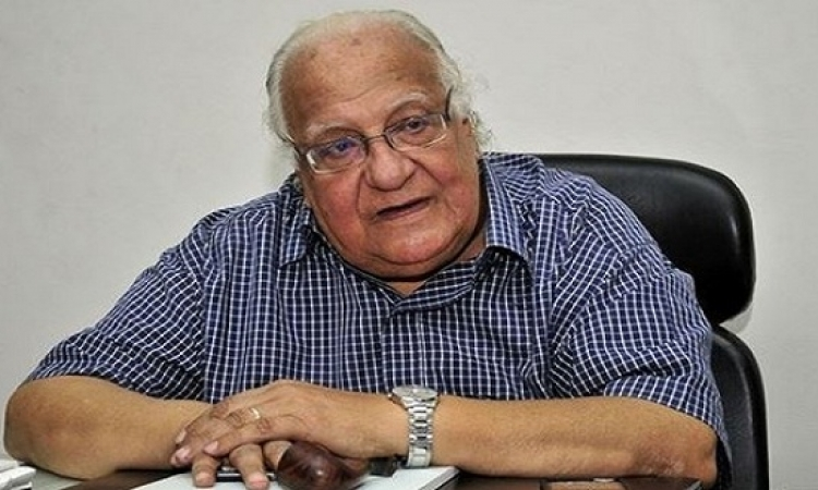 """وفاة المفكر الكبير """"السيد ياسين"""" بعد صراع مع المرض"""