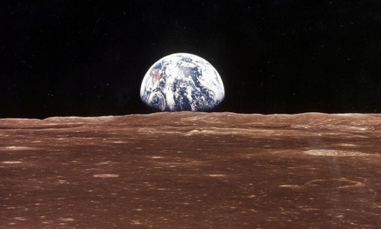 التوصل إلى لغز تشكل الأرض والقمر