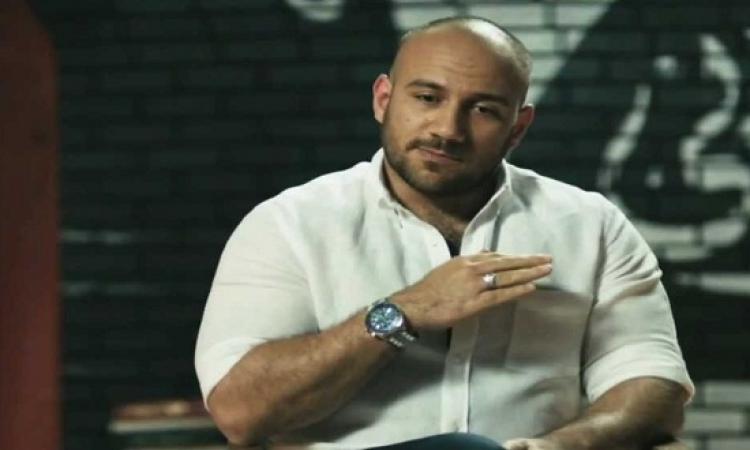 أحمد مكى يكشف عن تفاصيل مرضه الخطير .. سلامتك يا كبير !!