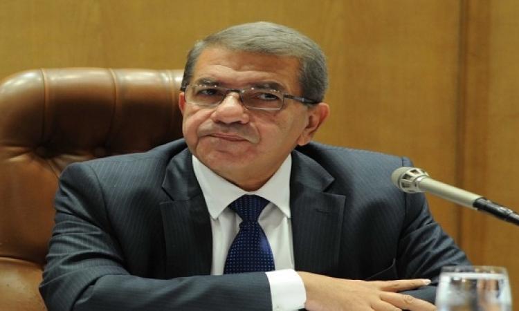 وزير المالية : لا نيه حالياً لرفع أسعار المحروقات