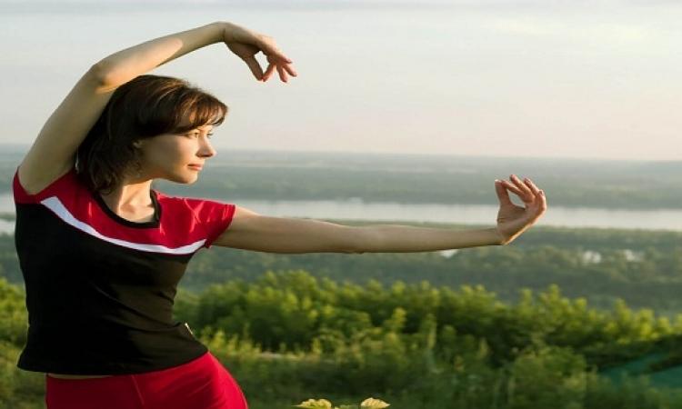 رياضة صينية تساعد مريضات سرطان الثدى فى التغلب على الألم