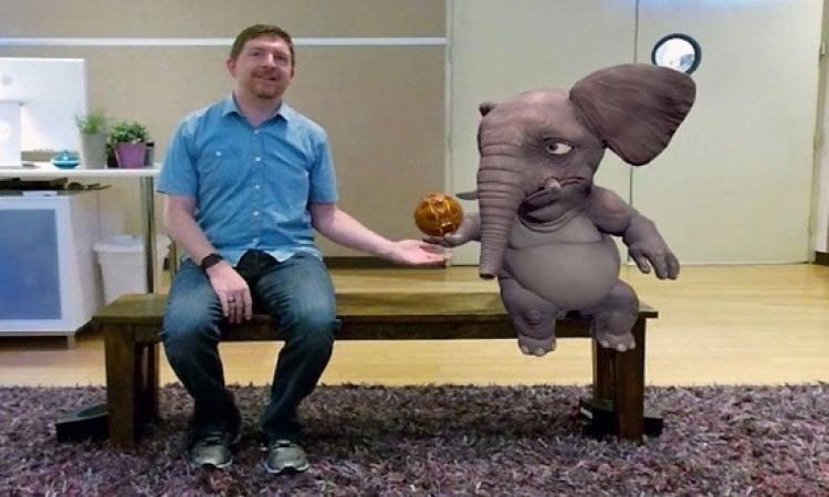 بالفيديو .. مقعد سحرى يتيح التفاعل مع حيوانات افتراضية