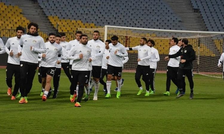 منتخب مصر يخوض تدريبه الأخير ببرج العرب استعدادًا للقاء أوغندا غداً