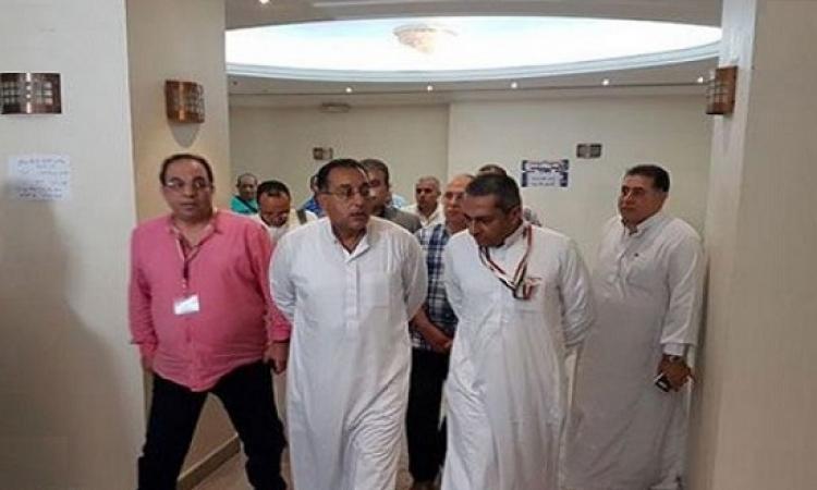 رئيس بعثة الحج يزور الحجاج المصريين المرضى بالمستشفيات