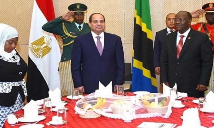 بالصور.. رئيس تنزانيا يقيم حفل عشاء رسمى على شرف الرئيس السيسى