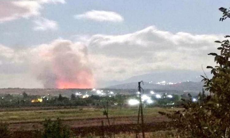 مقتل جنديين سوريين فى غارات إسرائيلية على موقع عسكرى بحماة