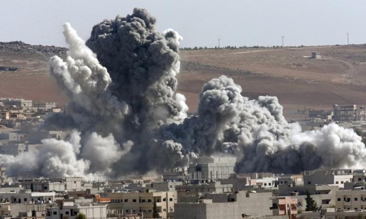 30 قتيلاً فى غارة جوية على دير الزور .. والتحالف الدولى ينفى اتهامات دمشق بشنها