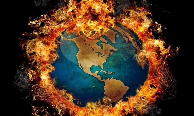 فيزيائى شهير يتنبأ بتحول كوكب الأرض لكرة نار خلال 600 عام
