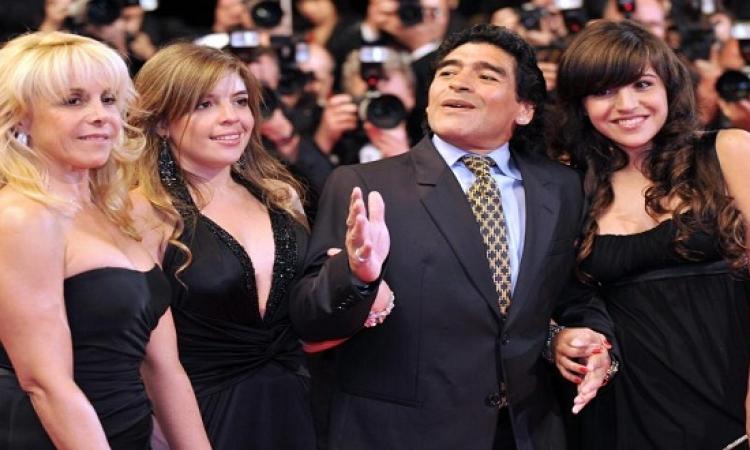 مارادونا يطالب بسجن ابنتيه .. تعرف على السبب !!