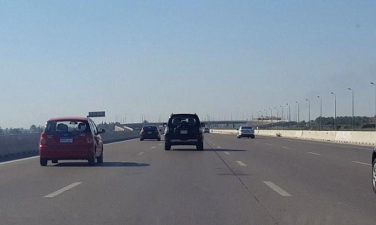 المرور تعيد فتح طريقى إسكندرية الصحراوى والعلمين أمام حركة السيارات