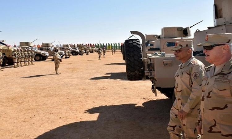 رئيس الاركان يتفقد وحدات الجيش الثانى بوسط سيناء