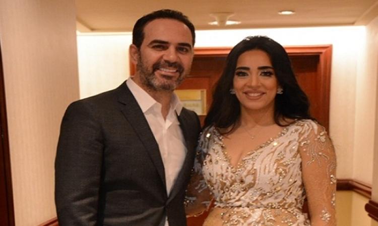 بالصور.. زوجة وائل جسار تخطف أنظار جمهوره بحفل رأس السنة