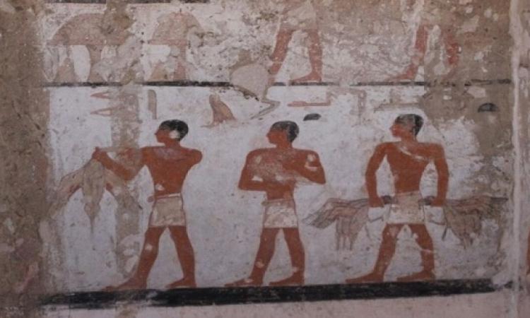 بالصور .. وزير الآثار يعلن عن كشف أثرى جديد بمنطقة الاهرامات