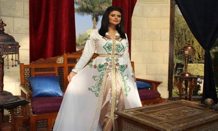 بالفيديو .. سلمى رشيد تحتفل بنجاح كليبها آش جا يدير المصورة بمصر