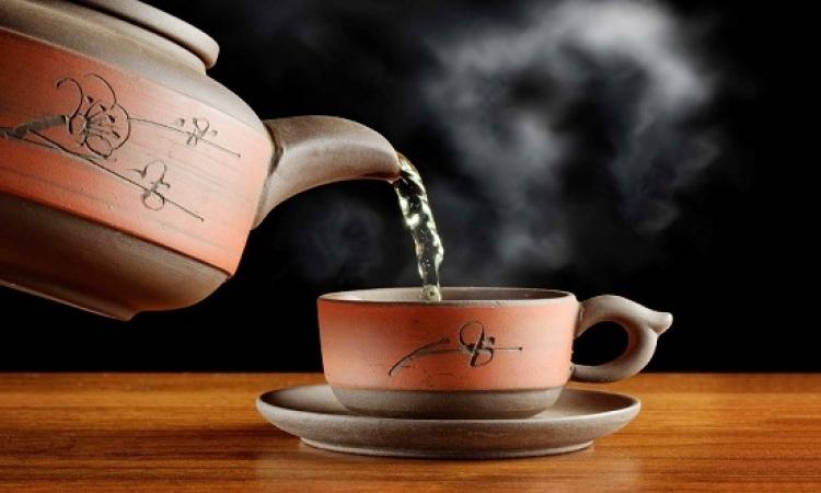 للمدخنين .. الشاى الساخن جدا قد يصيبكم بسرطان المريء