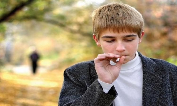 العنصرية تزيد من احتمالية اتجاه المراهقين إلى التدخين