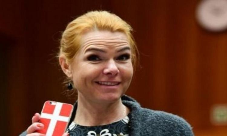 وزيرة الهجرة الدنماركية تقترح إجازة لمدة شهر للصائمين