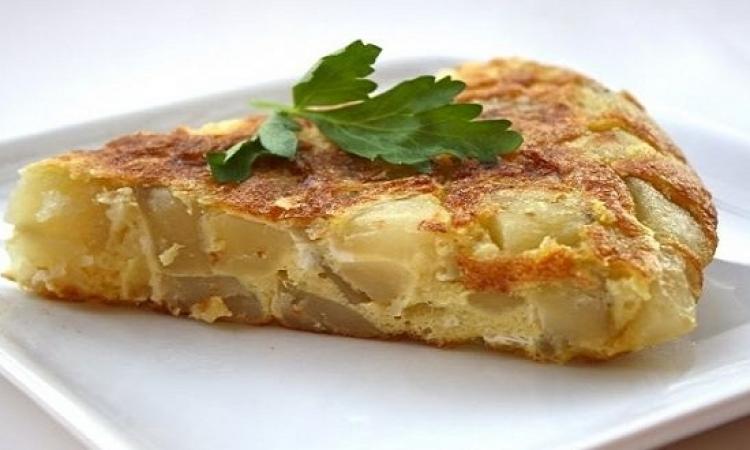 طبق اليوم .. عجة بطاطس