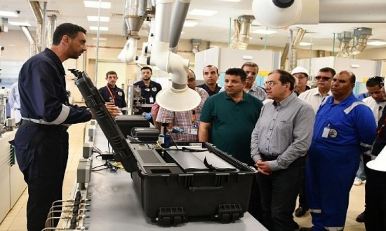 الملا يعلن تشغيل أكبر معمل تحليل للغاز الطبيعي في مصر