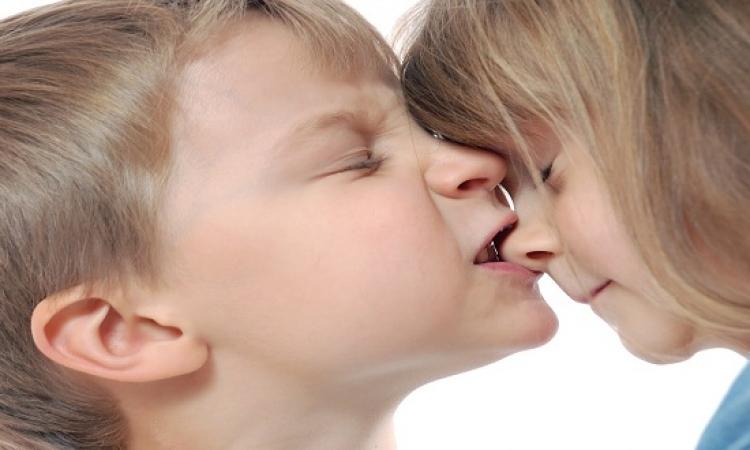 كيفية التعامل مع الطفل العضاض
