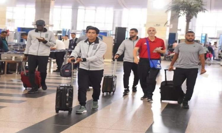 بعثة الأهلى تغادر مطار القاهرة إلى الجزائر