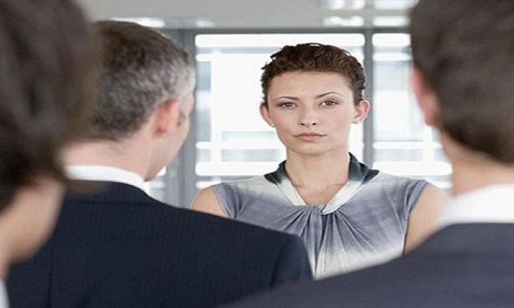 للرجال .. نصائح للتعامل مع مديرتك من النساء